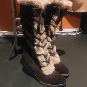 Brown & Cream Faux Fur & Suede Boots Size 8